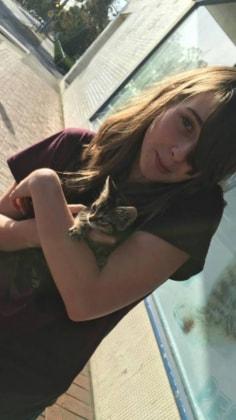 Chloe in Kennedy town back image