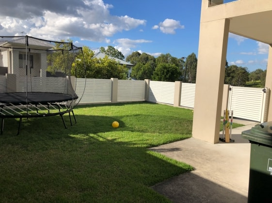 Annette in Mitchelton back image