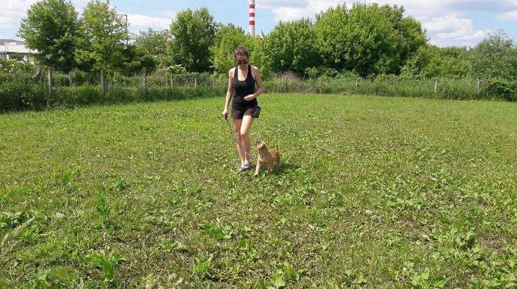 Szimona in München back image