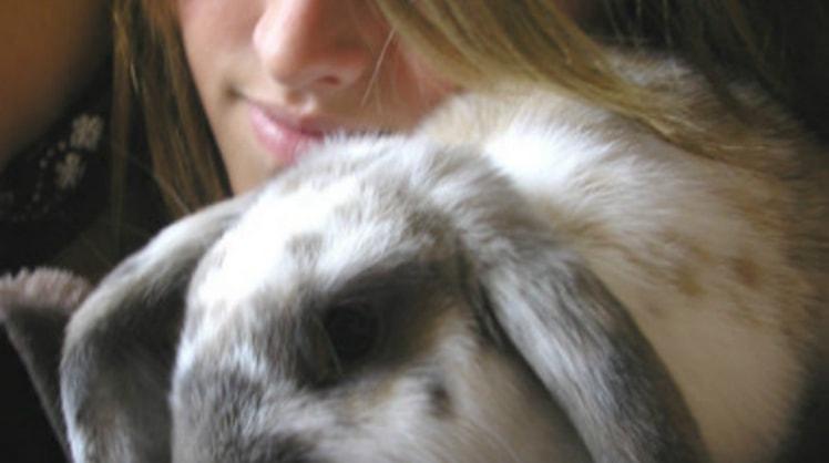 Francesca in Woking back image