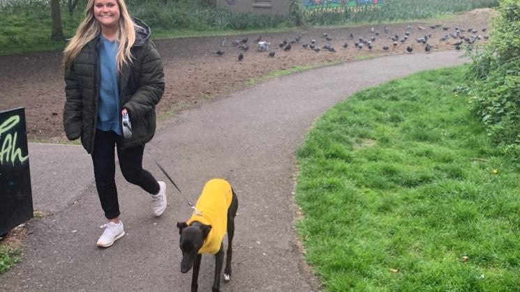 Hannah in Edinburgh back image