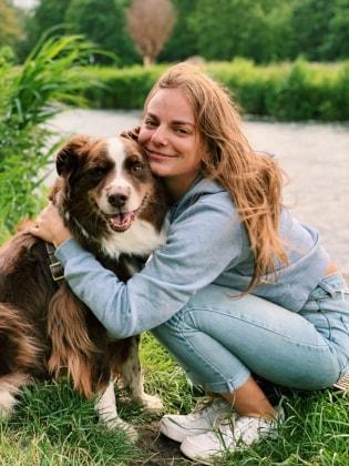 Alina in Bochum back image