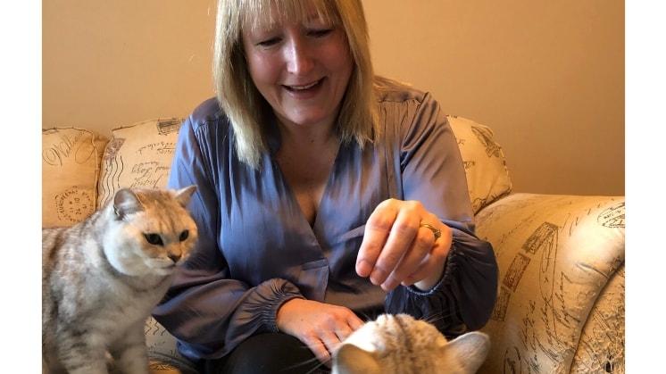 Joanne in Tonbridge back image