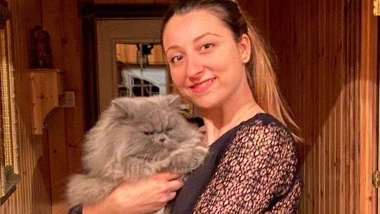 Adélie in Montréal back image