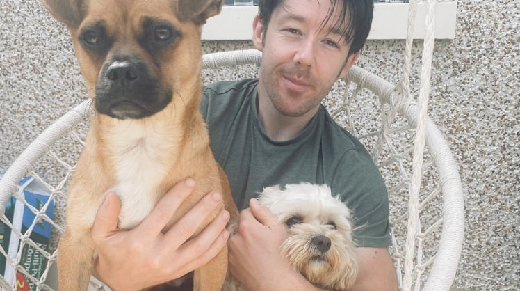Leo in Dublin back image